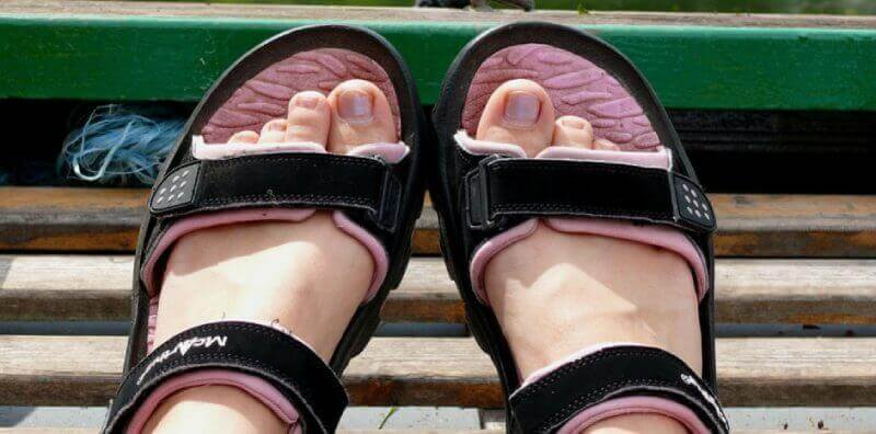 Best-Sandals-for-Plantar-Fasciitis